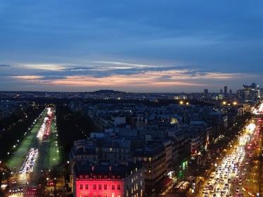 Ausblick vom Arc de Triomphe